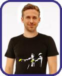 Галерея футболок Banksy